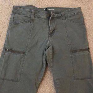 Gap cargo pants/leggings